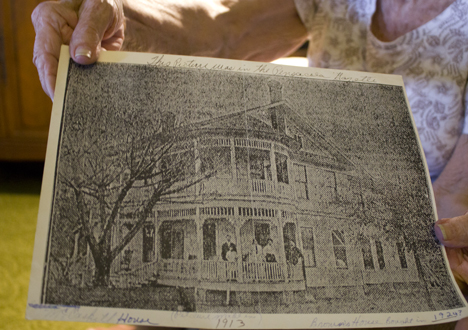 Ina Mae Garrett shares photo of historic home in its glory days. Lori Ceier/Walton Outdoors