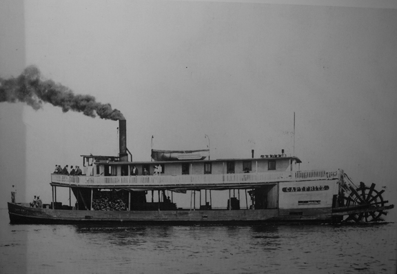 The Capt. Fritz steamboat. Photo courtesy State Library and Archives of Florida